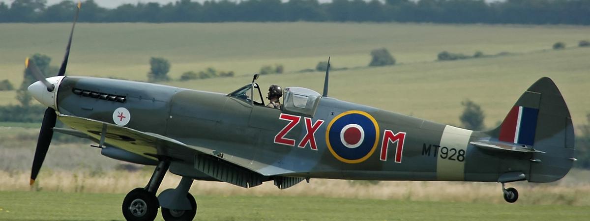Spitfire_VIII_MT928-banner